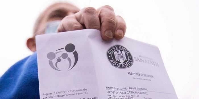 Adeverinta de vaccinare sau pasaportul UE