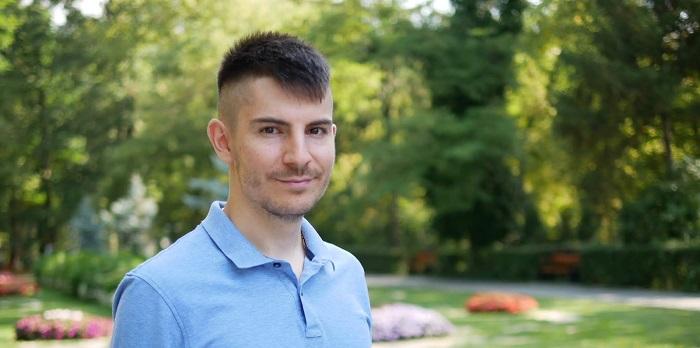 Răzvan Bălănescu scrie despre saraci