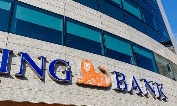 Bancile vor incepe sa perceapa comisioane la pastrarea banilor